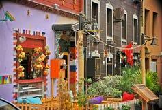 Schönes Straßencaféfoto von Istanbul die Türkei, Besuchs-Architekturkonzept der blauen Moschee touristisches Lizenzfreie Stockfotografie
