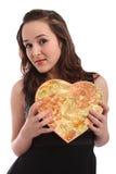 Schönes Valentinsgruß-Tagesgeschenk Holding der jungen Frau Stockfoto