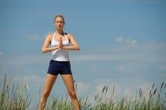 Schönes weibliches Training Lizenzfreie Stockbilder