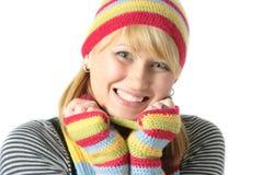 Frau gekleidet für Winterwetter Lizenzfreie Stockbilder