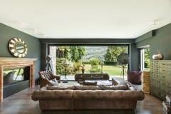 Schönes Wohnzimmer Stockbilder