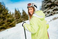 Schönheit auf Winter-Ferien Lizenzfreies Stockbild