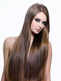 Schönheit des langen gesunden Haares der Frau Lizenzfreie Stockfotos