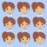Schönheit, die verschiedene Gesichtsausdrücke zeigt Glücklich, traurig, verärgert, Schrei, Lächeln Karikaturmädchenikonen an eing Lizenzfreie Stockfotos