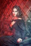 Schönheit in Halloween-Art Lizenzfreies Stockbild