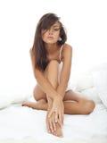 Schönheit im Bett Lizenzfreie Stockbilder