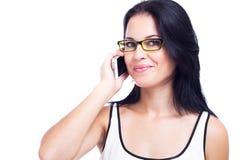 Schönheit mit einem Handy lokalisiert auf weißem Hintergrund Stockbilder