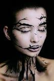 Schönheit mit kreativem Make-uphalloween-Baummake-up Stockfotos