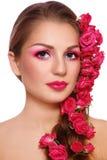 Schönheit mit Rosen stockbilder