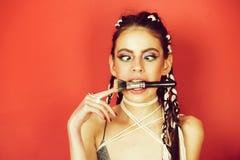 Schönheit und Mode, Make-up und Haar, Indie und boho lizenzfreie stockbilder