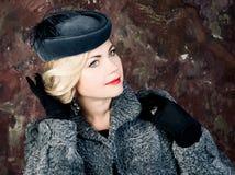 Schönheits-Mode-Frauen-Porträt. Weinlese-Art. Lizenzfreie Stockfotografie
