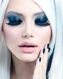 Schönheits-Mode-Mädchen Stockfotos
