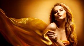 Schönheits-Porträt, Zauber-Mode-Modell, schöne ausdrucksvolle Frau stockfoto