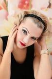 Schönheits-Salon-Modemädchenporträt Stockfotos