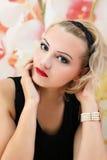 Schönheits-Salon-Modemädchenporträt Stockbild