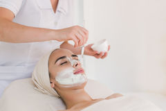 Schönheitsbehandlung im Badekurortsalon lizenzfreie stockfotos