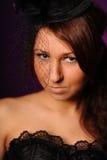 Schönheitsfrau im schwarzen Korsett stockfotografie