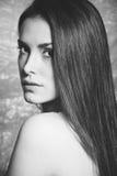 Schönheitsfrauen-Porträt bw Lizenzfreies Stockfoto
