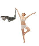 Schönheitsmädchen im Tanz mit Flugwesentuch trennte lizenzfreies stockfoto