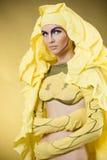 Schönheitsmädchen mit farbigem Make-up Stockfotografie