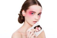 Schönheitsmake-uprosaaugen- und -lippenmode-modell Lizenzfreies Stockbild