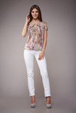 Schönheitsmode kleidet zufälligen Sammlungsfrauen-Modell Brunette stockbilder