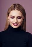 Schönheitsporträt von Blondinen Stockfotos