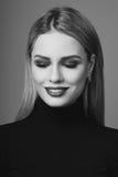 Schönheitsporträt von Blondinen Stockfoto