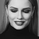 Schönheitsporträt von Blondinen Stockbilder
