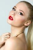 Schönheitsporträt von herrlichen Blondinen Stockfotografie