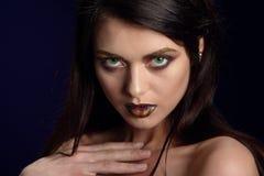 Schönheitsporträt von Lippen einer jungen Frau stockfoto