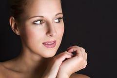 Schönheitsportrait der jungen Frau. Lizenzfreie Stockfotografie