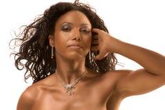 Schönheitsportrait der mittleren gealterten ethnischen Frau stockfotos