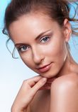 Schönheitsportrait der ruhigen Frau lizenzfreies stockfoto