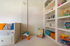 Schönheitsraum für kleines Kind Stockbilder