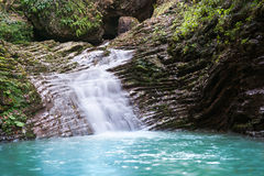 Schönheitswasserfall Stockfotos