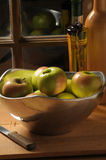 Schüssel Äpfel Stockfotografie