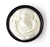 Schüssel Creme lokalisiert auf weißem Hintergrund, von oben Lizenzfreie Stockfotografie