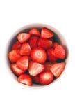 Schüssel Erdbeeren in der Nahaufnahme Lizenzfreie Stockfotos