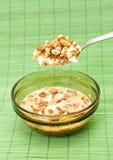 Schüssel Frühstückskost aus Getreide Stockfotografie