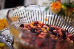 Schüssel Frucht versorgten Hochzeitsempfangs 3 Stockfotos