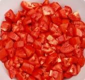 Schüssel gehackte Tomaten Stockfotos