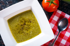Schüssel grüne Bohnensuppe Lizenzfreie Stockfotos