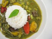 Schüssel grüner Curry Stockbild