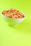 Schüssel mit Corn-Flakes Stockfoto