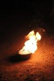 Schüssel mit Feuer lizenzfreie stockfotos