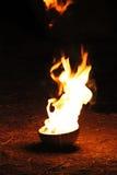 Schüssel mit Feuer Lizenzfreie Stockfotografie
