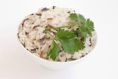 Schüssel mit gekochtem Reis Stockfotos
