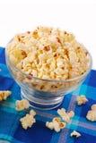 Schüssel Popcorn Lizenzfreies Stockfoto