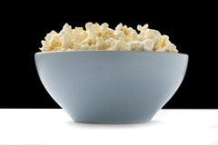 Schüssel Popcorn Lizenzfreie Stockbilder